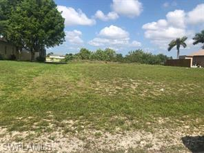 916 Nw 3rd Ave, Cape Coral, FL 33993