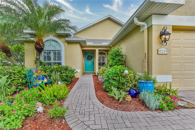 9219 Palm Island Cir, North Fort Myers, FL 33903