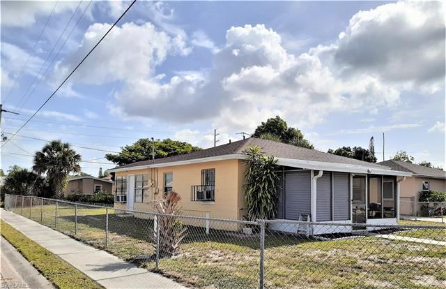 3103 Saint Charles St, Fort Myers, FL 33916