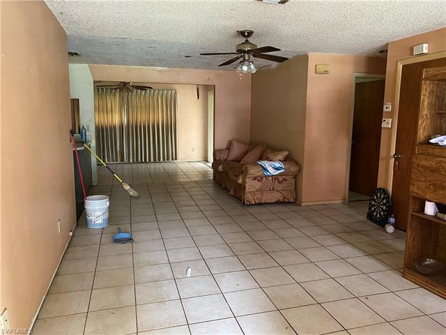 4908 Jeannie Ln, Fort Myers, FL 33905