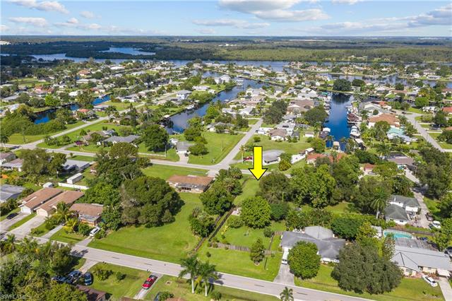 13325 Caribbean Blvd, Fort Myers, FL 33905
