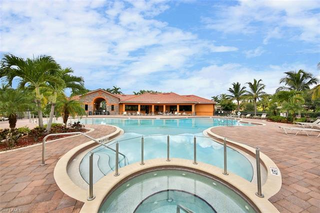 9039 Water Tupelo Rd, Fort Myers, FL 33912