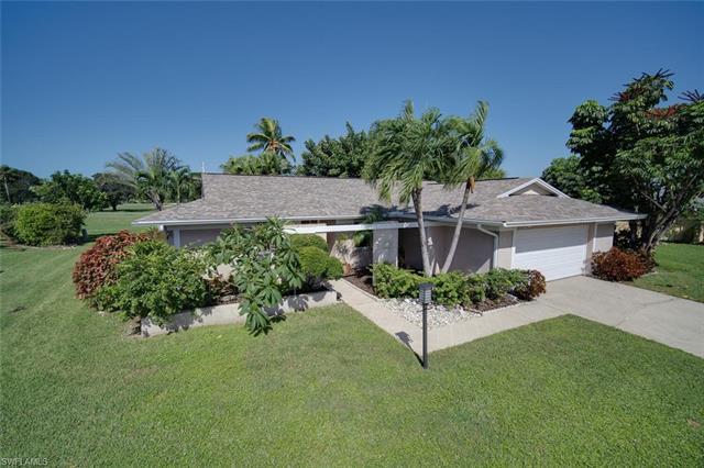1611 Tredegar Dr, Fort Myers, FL 33919
