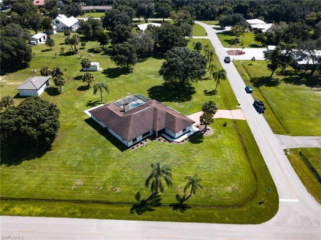 3213 River Grove Cir, Fort Myers, FL 33905