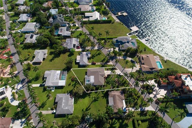 233 Bayshore Dr, Cape Coral, FL 33904