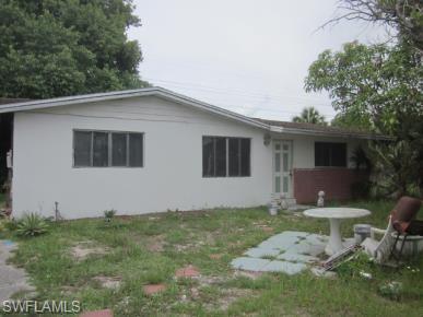 1755 Aquarius Ct, Fort Myers, FL 33916