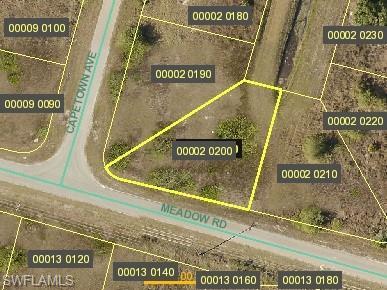 3327 Meadow Rd, Lehigh Acres, FL 33974