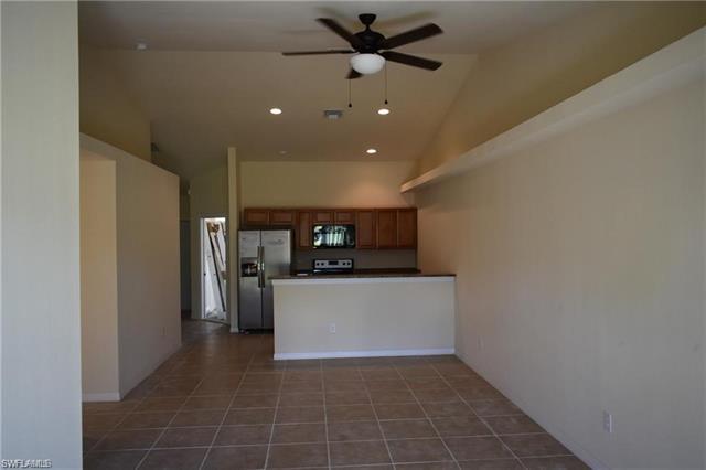 1105 Andalusia Blvd, Cape Coral, FL 33909