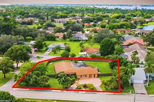 5730 Winkler Rd, Fort Myers, FL 33919
