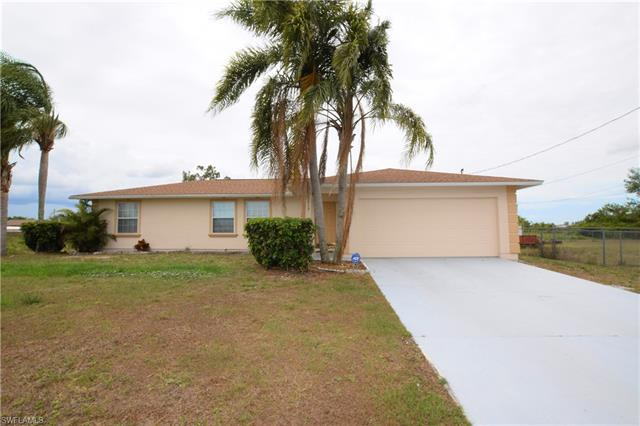 3913 11th St Sw, Lehigh Acres, FL 33976