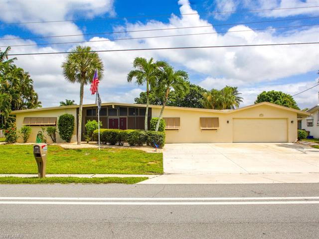 4444 Orange Grove Blvd, North Fort Myers, FL 33903