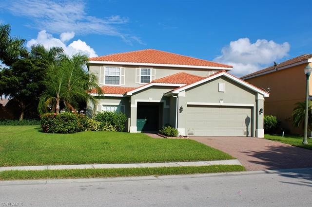 2305 Cape Heather Cir, Cape Coral, FL 33991