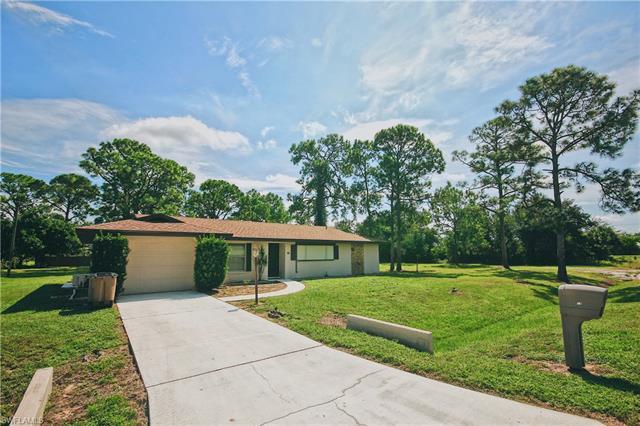 14 Mckinley Ave, Lehigh Acres, FL 33936