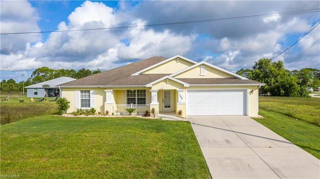 105 Nw 33rd Ter, Cape Coral, FL 33993