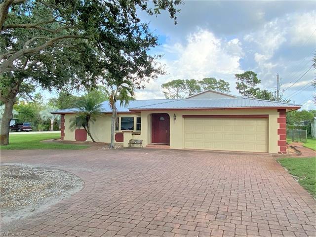 8624 E Park, Fort Myers, FL 33907