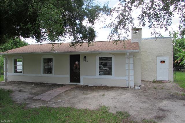 2624 Lee St, Punta Gorda, FL 33950