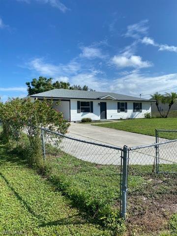 3908 35th St Sw, Lehigh Acres, FL 33976