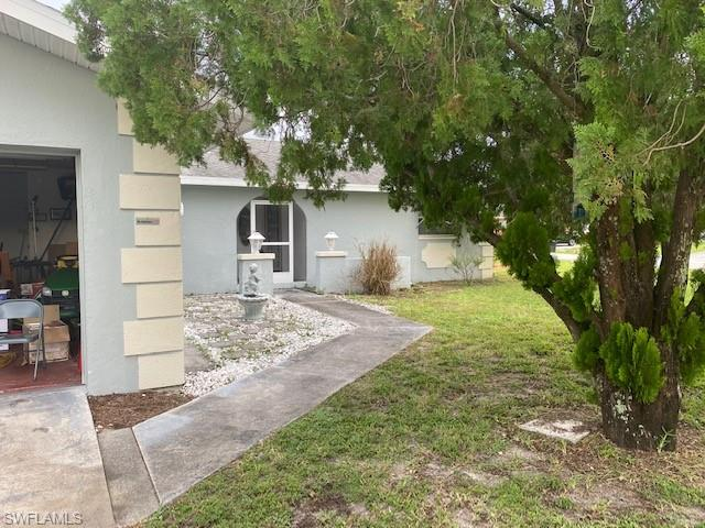 18355 Ostego Dr, Fort Myers, FL 33967