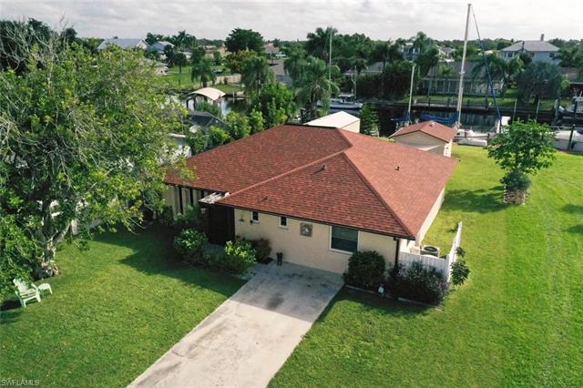 2132 Aruba Ave, Fort Myers, FL 33905