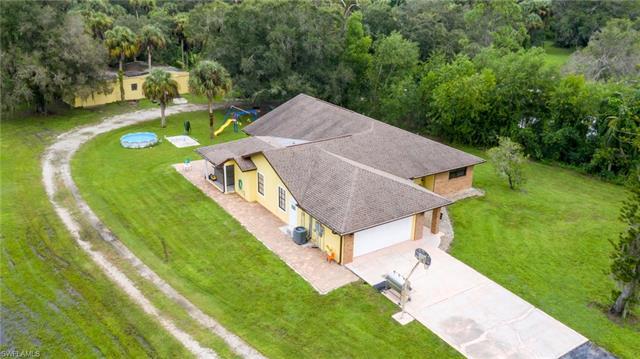 17100 Tarpon Way, North Fort Myers, FL 33917