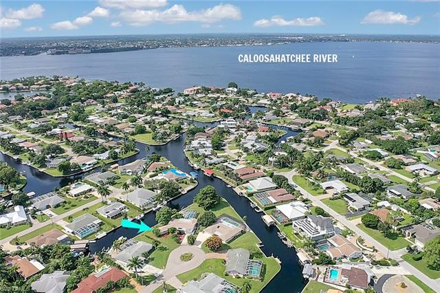 5970 Adele Ct, Fort Myers, FL 33919