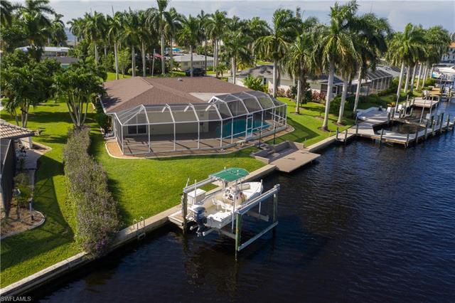 109 Bayshore Dr, Cape Coral, FL 33904