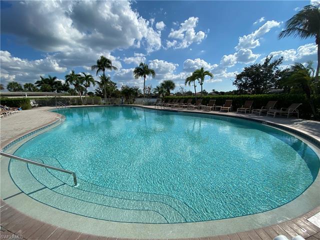 8868 King Henry Ct, Fort Myers, FL 33908