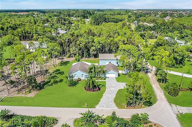 10451 Pepe Ln, Bonita Springs, FL 34135