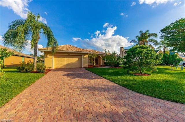15284 Briarcrest Cir, Fort Myers, FL 33912