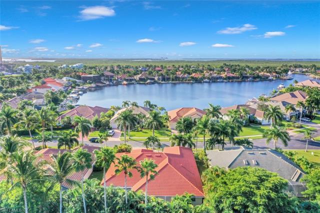 1817 Lagoon Ln, Cape Coral, FL 33914