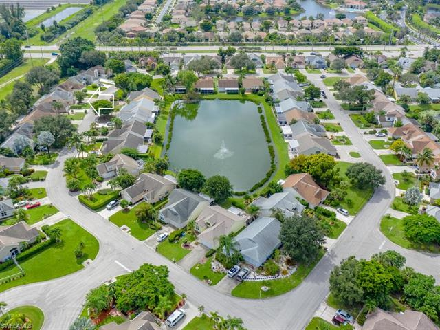 15298 Cricket Ln, Fort Myers, FL 33919