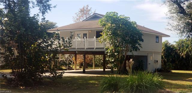 18462 Violet Rd, Fort Myers, FL 33967
