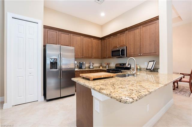 13825 Willow Haven Ct, Fort Myers, FL 33905