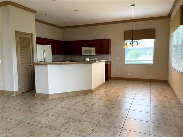 2537 Deerfield Lake Ct, Cape Coral, FL 33909