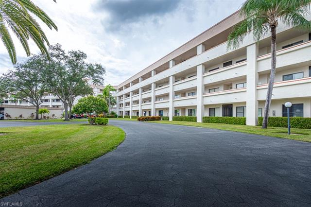1781 Pebble Beach Dr 113, Fort Myers, FL 33907