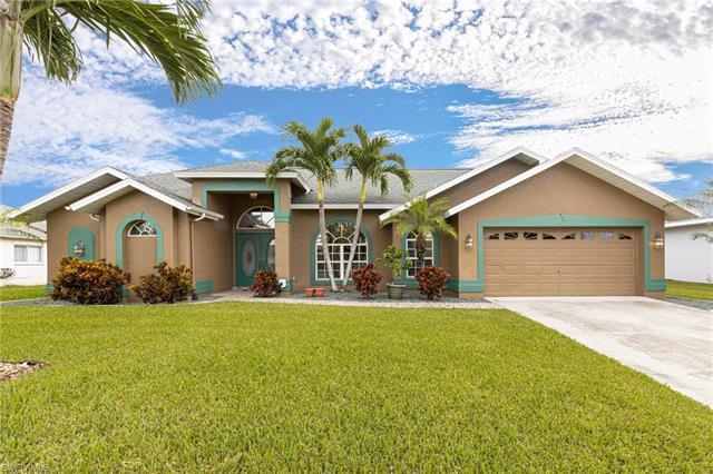 821 Sw 4th Pl, Cape Coral, FL 33991