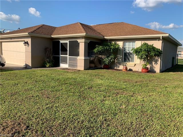 2420 Christopher Ave N, Lehigh Acres, FL 33971