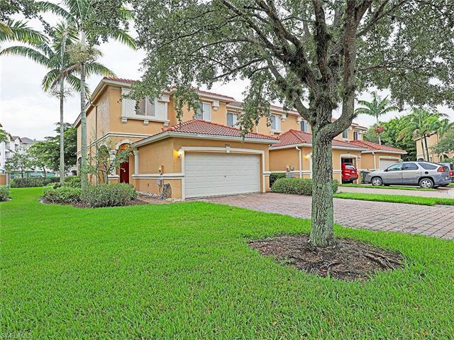 9993 Chiana Cir, Fort Myers, FL 33905