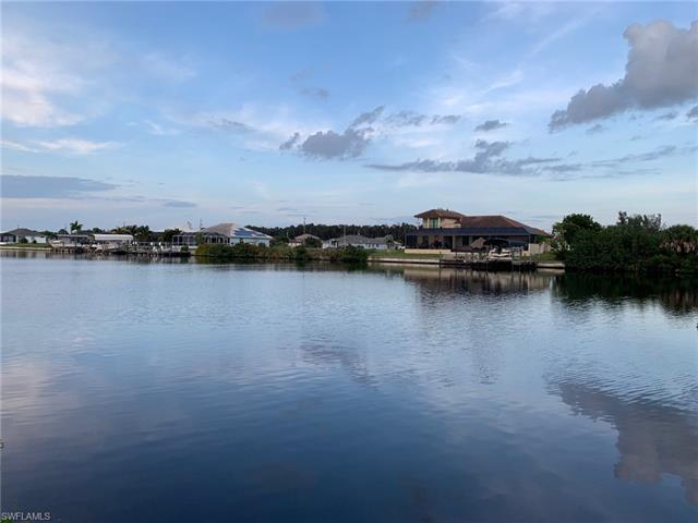 1607 Nw 44th Ave, Cape Coral, FL 33993
