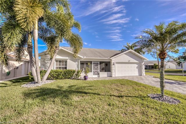 17810 Acacia Dr, North Fort Myers, FL 33917