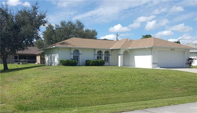 17404 Connecticut Rd, Fort Myers, FL 33967