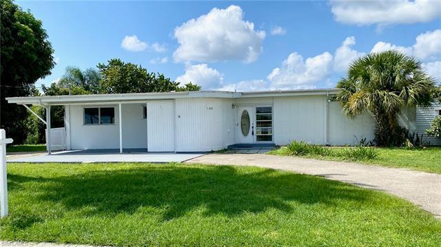132 Roselle Ct, Port Charlotte, FL 33952