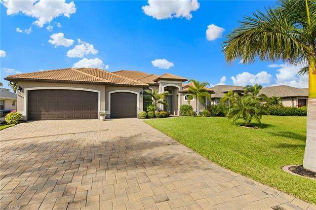 3024 Sw 26th Pl, Cape Coral, FL 33914
