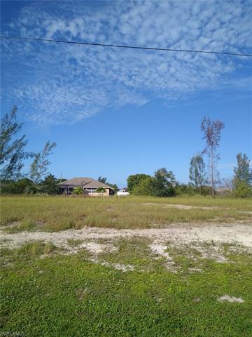 1818 Ne 1st Pl, Cape Coral, FL 33909