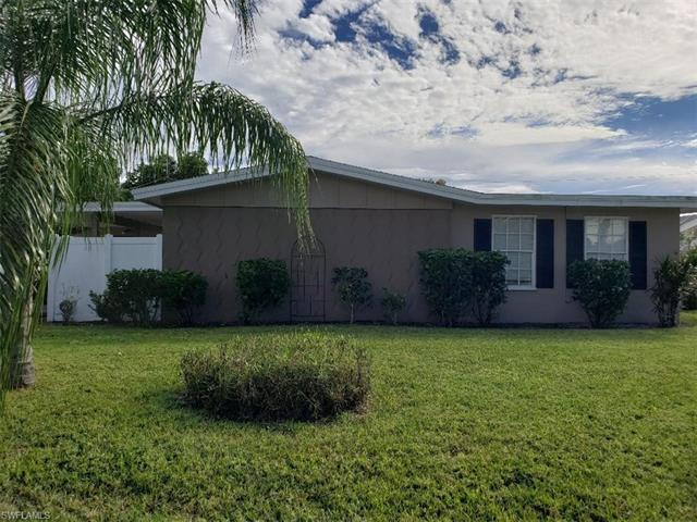 744 Tower Dr, Cape Coral, FL 33904