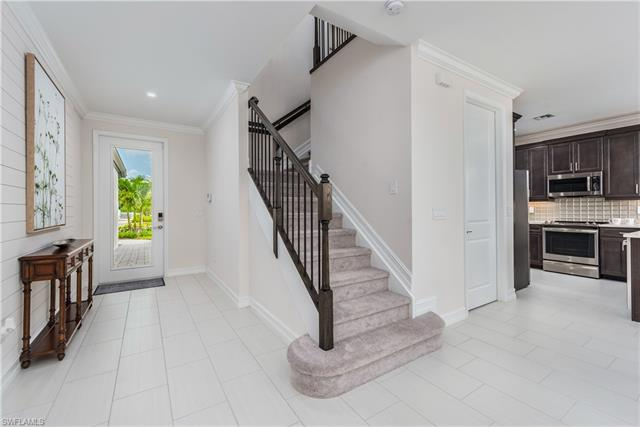 7545 Carnegie Way, Naples, FL 34119