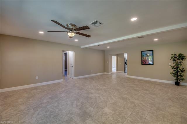 3817 Marvaez St, Fort Myers, FL 33901
