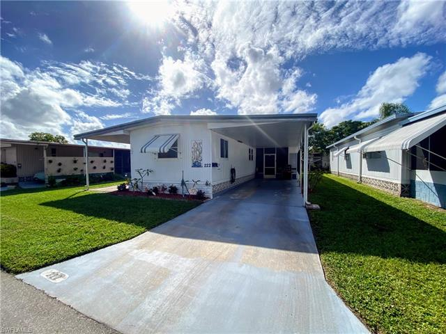 222 Poinsettia Dr, Fort Myers, FL 33905