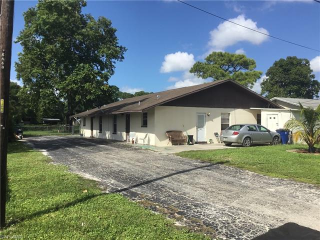 2167/2169 Twin Brooks Rd, North Fort Myers, FL 33917
