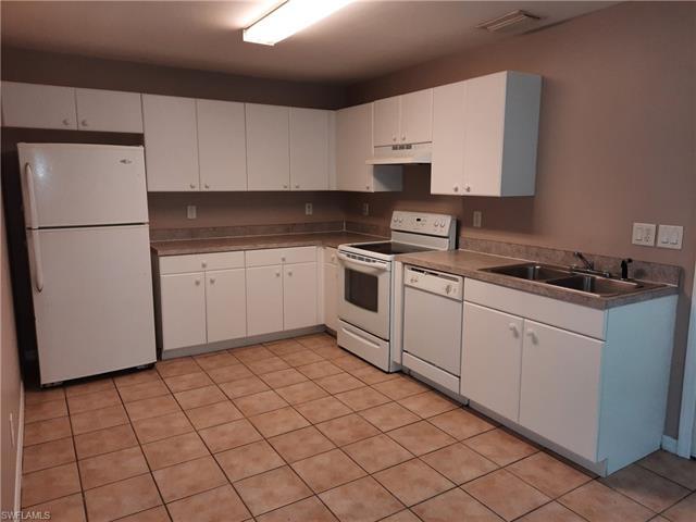 2422 George Ave S, Lehigh Acres, FL 33973